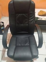 Cadeira Presidente novinha