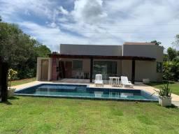 Alugo Casa com 200m², Itacimirim , 4/4 com 01 suíte, Cond. Fechado Alto Padrão, Port. 24h,