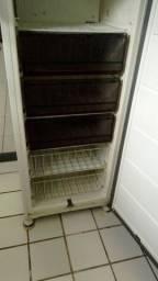 Título do anúncio: Freezer vertical ótimo Estado.
