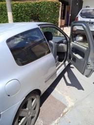Clio 2004 1.0 16v
