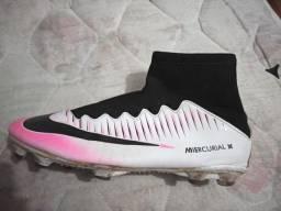 Chuteira Nike 41 42