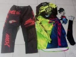 Título do anúncio: Equipamentos de trilha/motocross