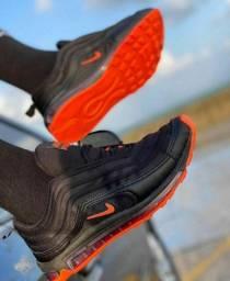 Sapatos a pronta entrega