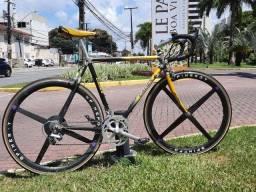 Título do anúncio: Bike Bicicleta Cadex Rodas carbono spinergy