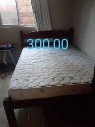 Título do anúncio: Vendo cama de madeira!