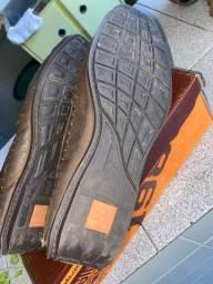 Título do anúncio: Vendo sapato PEGADA NOBUCK NOVO