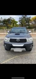 Título do anúncio: Toyota Hilux SW4 2010