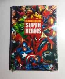 Livro O Segredo Dos Super Heróis Geek Lacrado Novo