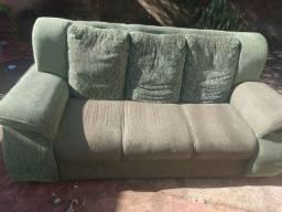 Vendo sofá  não esta rasgado