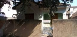 Casa em baixo Gandu