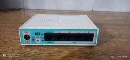 Mikrotik- Routerboard Rb 750r2 Hex Lite 850mhz 64mb L4 N-f