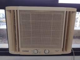Título do anúncio: Ar condicionado Consul 10.000 BTUs 220 volts