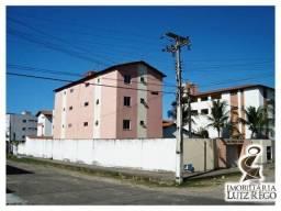 Aluga apartamento no Icaraí com 2 quartos, 1 vaga.