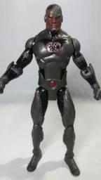 Boneco Ciborg 18cm articulado