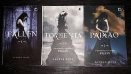 Livros semi-novos à venda em Itaboraí