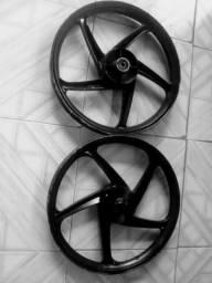 Vendo roda liga leve pra 50c