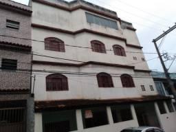 Prédio de 3 andares próximo ao chopp mochuara