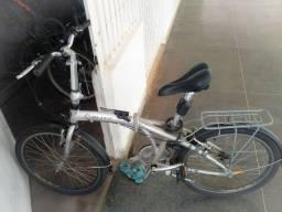 Bicicleta Blitz dobrável.