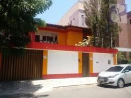Excelente casa solta no bairro Guararapes
