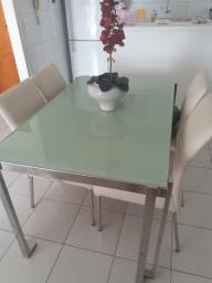 Mesa com 4 cadeiras pernas inox