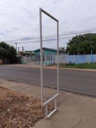 Totem para calçada/Ji Paraná