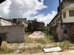 Terreno no bairro dos Ipês