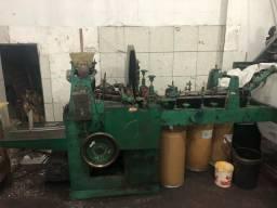 Máquina para fabricar sacos de papel