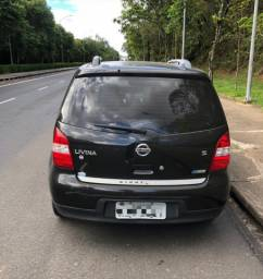 Vendo Nissan livina versão nigth&day 2010/2011