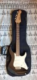 Título do anúncio: Guitarra Yamaha eg303 stratocaster