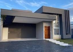 Título do anúncio: Casa com piscina no Terras do Vale - Caçapava