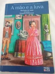 """Livro """"A mão e a luva """" Machado de Assis"""