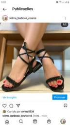 Sandalia preta com amarracao