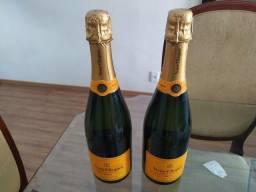 Champagne Veuve & Clicquot Brut 750ml.