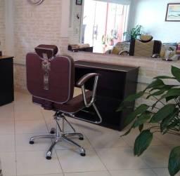 Cadeira de Barbeiro *Reclinável e hidráulica NOVA