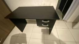 Escrivaninha / mesa