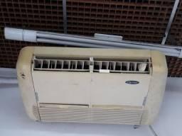 Ar condicionado Split  2 aparelhos, um de 24.000 e outro de 30.000