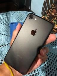 Iphone 7 de 32gb em otimo estado