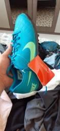 Título do anúncio:  Chuteira Nike Original nova