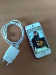 iPhone SE 32GB na caixa aceito troca so com volta pra mim