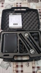 Microfone Duplo Profissional UHF com maleta