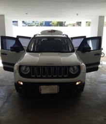 Título do anúncio: Jeep renegade muito novo