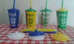 Copos personalizados da seleção brasileira