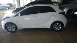 HB20 Hatch Branco - Comfort Style 1.0 - Completo - 2016