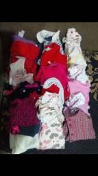Lotinho de roupas menina ( incluindo sapatinhos)