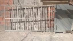 Portal de alumínio
