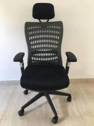 Cadeira Presidente Tela Mesh Preta Reclinável Nova