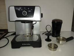 Cafeteira Eletrolux Modelo EM400