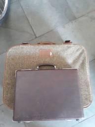Mala de viagem e maleta executiva antigas