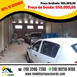 Vendo Barracão Comercial na Av Jacaúna