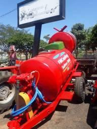 Pulverizador fmcopling 2000 litros